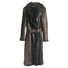 Gucci-Manteaux, Vêtements d'extérieur-Chocolat