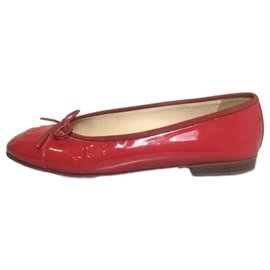 Chanel-Chanel Red Patent Ballet Flats-Red