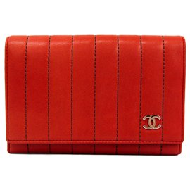 Chanel-Chanel Red Quilted Leather Bi-Fold Wallet-Red