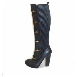 abce5b3f157 Gucci-Bottes à hauteur de genou en cuir bambou noir Bullet de Gucci-Noir ...