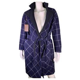 Louis Vuitton-Manteaux, Vêtements d'extérieur-Noir,Bleu