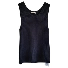 Céline-New with tag Céline rib knit tank top in size M.-Black