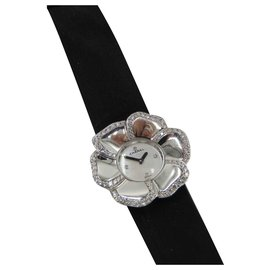 Chanel-CHANEL WATCH CAMELIA GOLD AND DIAMONDS-Silvery