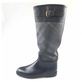 Burberry-Burberry Black Leather Rain Boot-Black