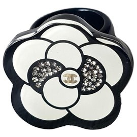 Chanel-Camelia Chanel ring-Black,White,Other