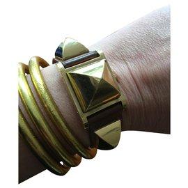 Hermès-medor-Golden