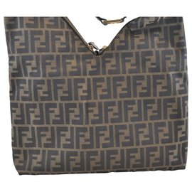 Fendi-Fendi Zucca Shoulder Bag-Brown