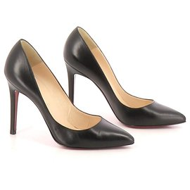 Christian Louboutin-Pumps-Black