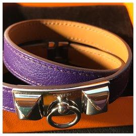 """Hermès-Bracelet Hermès """"Rivale""""en Plaqué Palladié et Cuir de Veau Swift :Violet-Violet"""