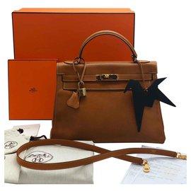 Hermès-hermes kelly 32 cm in leather courchevel gold bag-Caramel