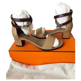 20967c19fd1f Second hand Hermès Women Sandals - Joli Closet