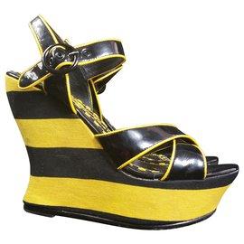 Alice + Olivia-Sandals-Black,Yellow