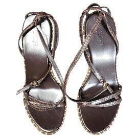 Gucci-Sandales-Marron