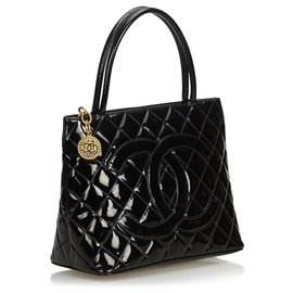 Chanel-Chanel Black Patent Leather Medallion Tote-Black