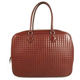 Hermès-Plume 32cm Bag Burgundy Embossed Leather Vintage Bag-Red