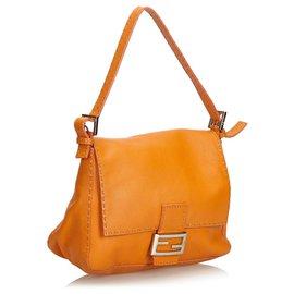 Fendi-Fendi Orange Selleria Mamma Baguette-Orange