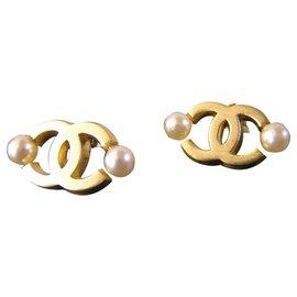 Chanel-clips-Golden