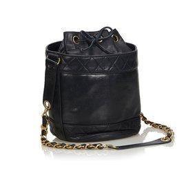Chanel-Sac seau Chanel en cuir d'agneau noir matelasse-Noir