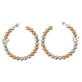 Louis Vuitton-Créoles Louis Vuitton en argent avec fausses perles métallisées-Argenté,Doré