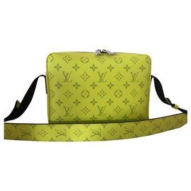 Louis Vuitton-Sacs Porte-documents-Jaune