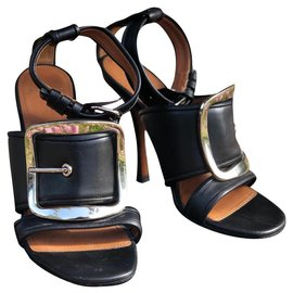 Givenchy-Givenchy buckle sandal with heels-Black,Silvery