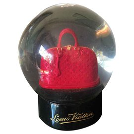 Louis Vuitton-Louis vuitton snow globe-Dark red
