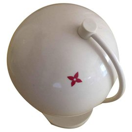 Louis Vuitton-Louis Vuitton Globe-White