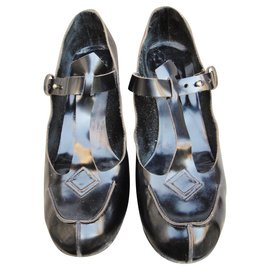 Chloé-Salomé sandals Chloé-Black