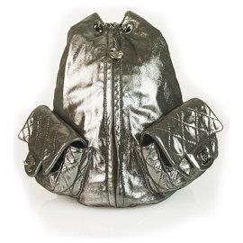 """Chanel-Grand sac à dos en cuir d'agneau matelassé Chanel """"sac à dos est de retour"""" menthe!-Argenté"""