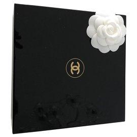 Chanel-Misc-Noir