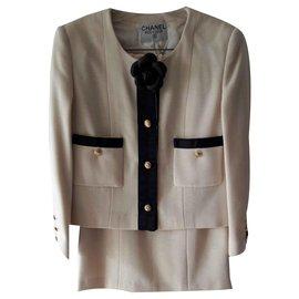 Chanel-Tailor beige woolen-Beige