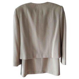 Chanel-Tailleur lainage beige-Beige