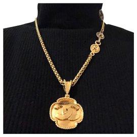 Chanel-Pendant chain necklace-Golden