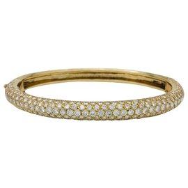 inconnue-Bracelet jonc en or jaune pavé de diamants.-Autre