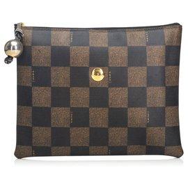 e75dac1c0ecd Second hand Fendi Clutch bags - Joli Closet