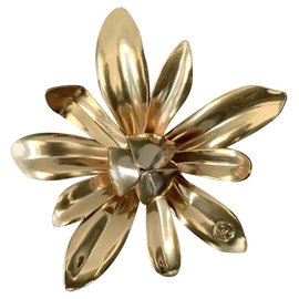 Chanel-Chanel Sublimage Brooch-Golden