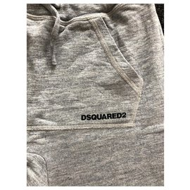 Dsquared2-Outfits-Mehrfarben