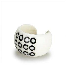 Chanel-Chanel White Coco Resin Ring-Black,White,Cream