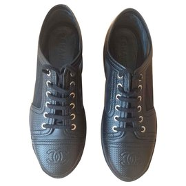 Chanel-Chanel brogues, Size 40-Black