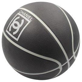 Chanel-Basket ball-Black