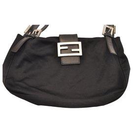 7f23b4f23 Fendi-Fendi Mamma Baguette-Black ...