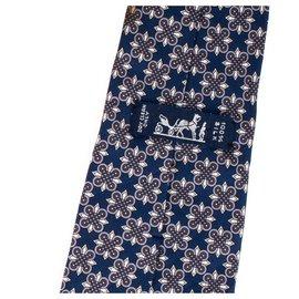 Hermès-Laço Hermès em seda estampada azul marinho, em muito bom estado!-Azul marinho