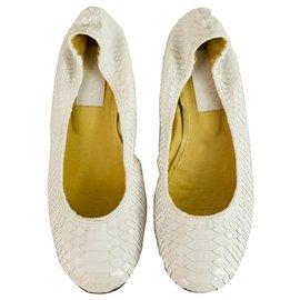Lanvin-Ballerines LANVIN blanches en peau de serpent bordées de ballerines taille ballerine 38-Blanc