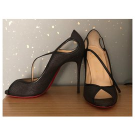 Christian Louboutin-Pumps open ends-Black
