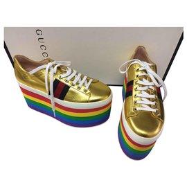 Gucci-Baskets Peggy-Doré