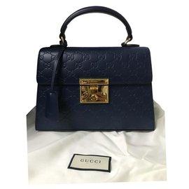 Gucci-Gucci Sac à main avec poignée sur le dessus avec cadenas jamais porté PADLOCK TOP HANDLE-Bleu