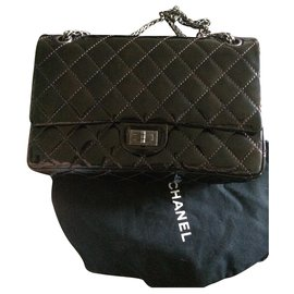 Chanel-2.55-Brown