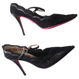 Gucci-Virginia Lace pump Gucci-Black