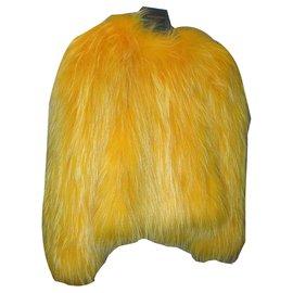 Balmain-Haut en fourrure de raton laveur jaune Balmain-Jaune