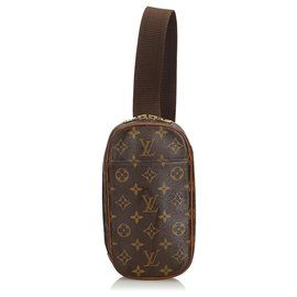 7deb168a893 Louis Vuitton-Louis Vuitton Pochette Gange Monogram Marron-Marron ...